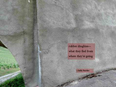 haiga,wall,bridge,