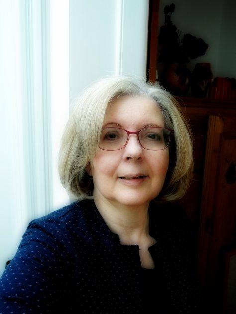 Stella Pierides, poet photo,